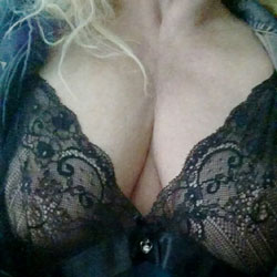 Nice Boobs - Big Tits, Wife/wives, Amateur