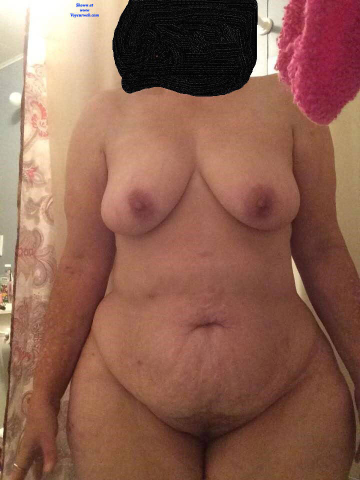 Pic #1 Playing Around - Nude Girls, Big Tits, Amateur