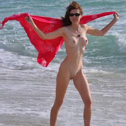 Fun Loving - Nude Girls, Amateur
