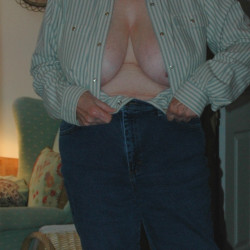 Very large tits of my wife - Ms Pendulous Grannie