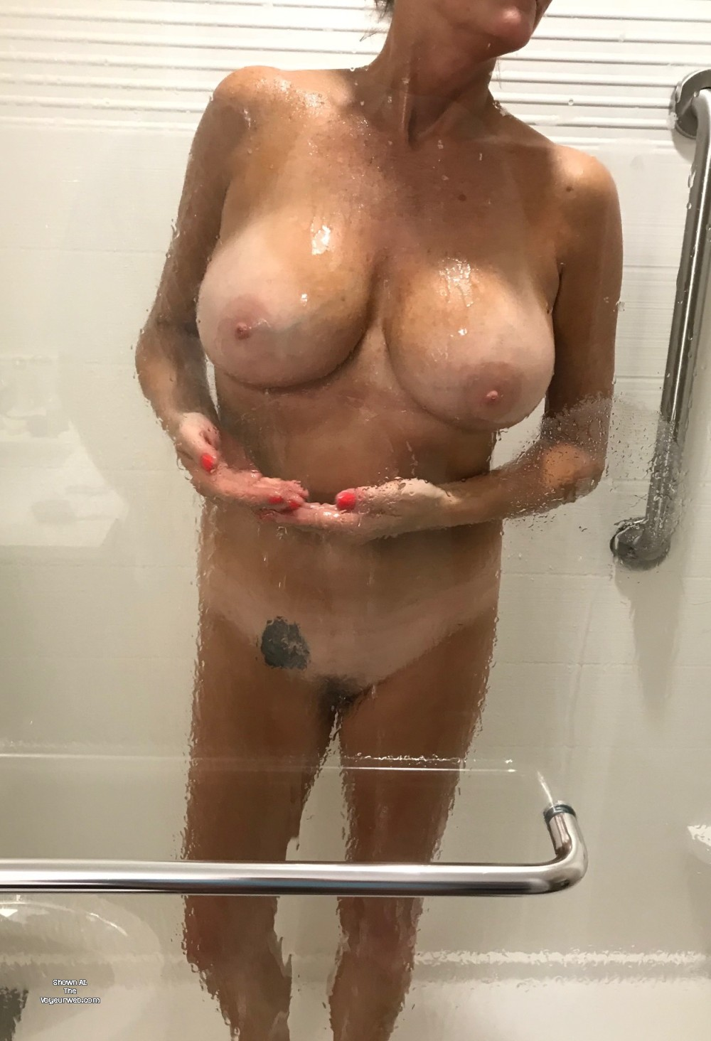 Pic #1 Large tits of my wife - Kellie