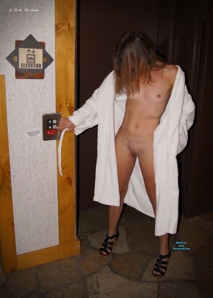 Pic #1Nirvana Hallway - Nude Girls, Public Exhibitionist, Flashing, Public Place, Small Tits, Shaved, Amateur