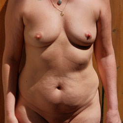 Awesome Granny - Nude Girls, Shaved, Amateur
