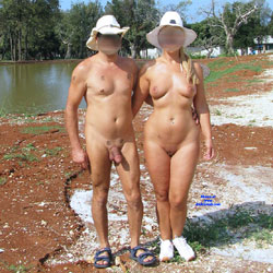 Coppia - Nude Amateurs, Big Tits, Outdoors, Shaved, Wife/wives