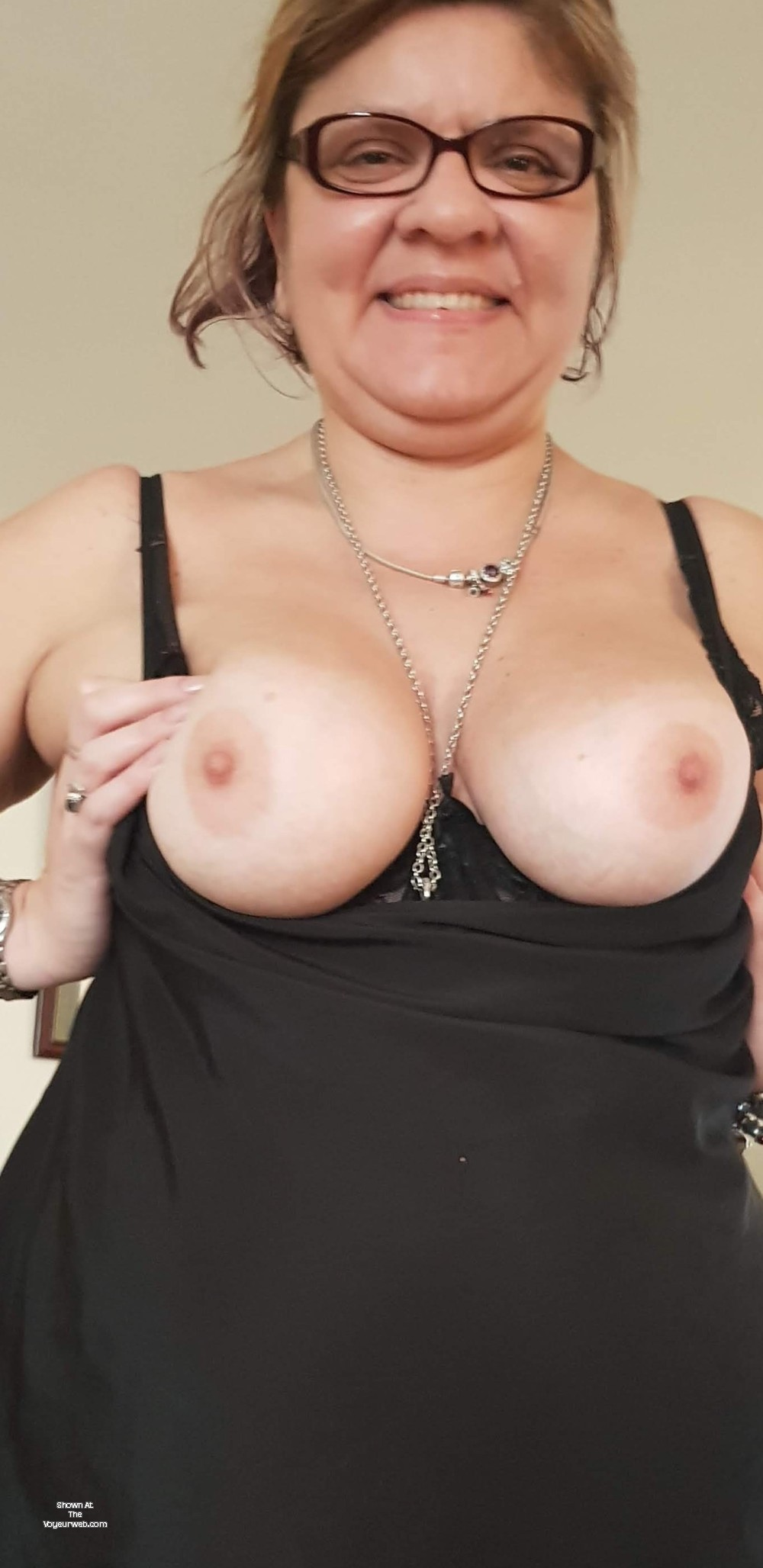 Pic #1 Large tits of my wife - Sexymotouk