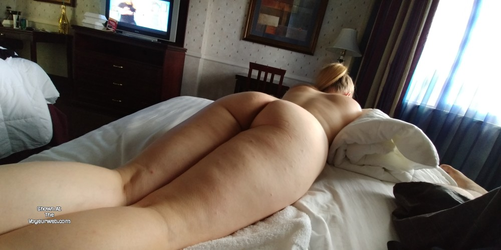 Pic #1 My wife's ass - Lynnette