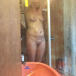 Shower Shots - Nude Girls, Amateur
