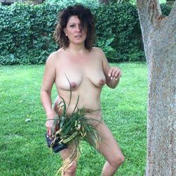 Melissa Outdoors - Nude Girls, Big Tits, Brunette, Outdoors, Shaved, Amateur