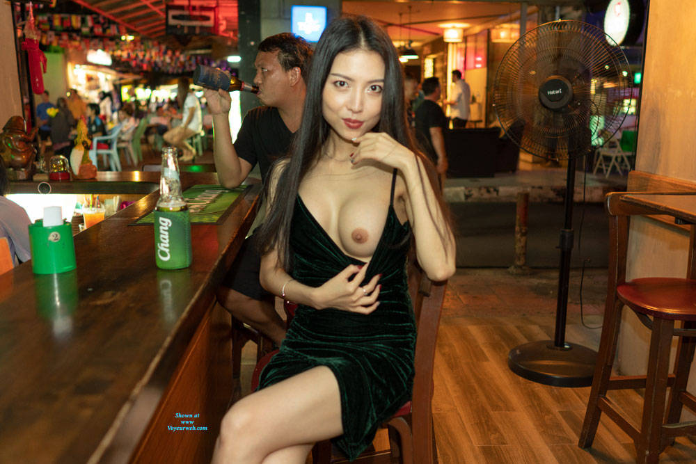Pic #1Flashing In A Couple Bars - Pantieless Girls, Big Tits, Brunette, Public Exhibitionist, Flashing, Public Place, Shaved, Amateur
