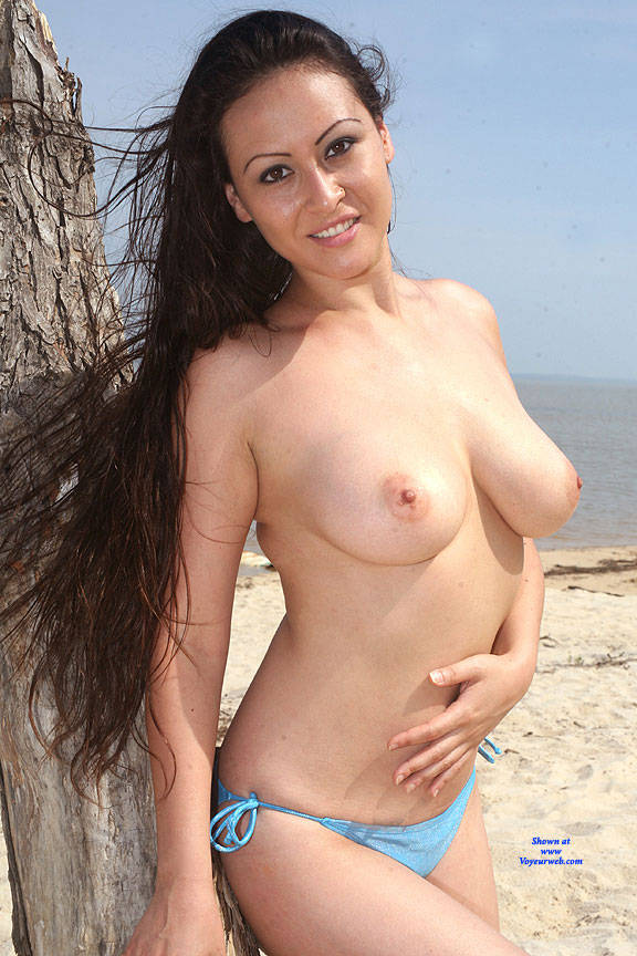 Pic #1Beach Nude Fun - Nude Girls, Big Tits, Brunette, Outdoors, Shaved, Amateur, Beach
