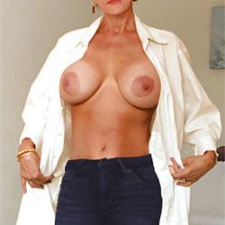 Third Contri - Nude Wives, Big Tits, Amateur