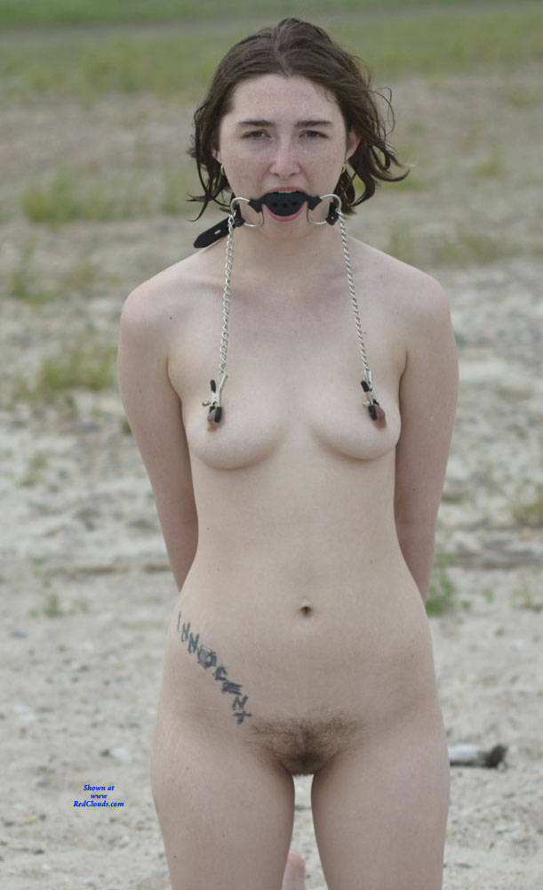 Pic #1Hot Girl On A Hot Beach - Nude Girls, Beach, Outdoors, Bush Or Hairy, Amateur, Bdsm Pics, Fetish Pics