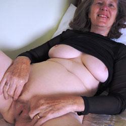Those New Leggings - Big Tits, Brunette, Blowjob, Mature, Amateur