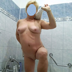 In The Bathroom And In The Kitchen - Nude Wives, Big Tits, Mature, Amateur