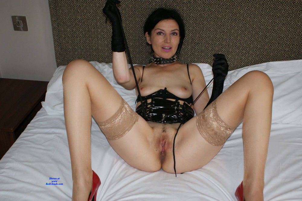 Pic #1Pussycat - Brunette, High Heels Amateurs, Lingerie, Amateur, Stockings Pics, Legs Spread Wide Open, Mature