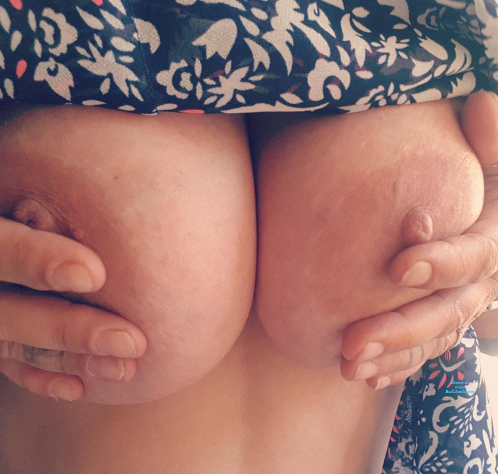Blacj girls big booty