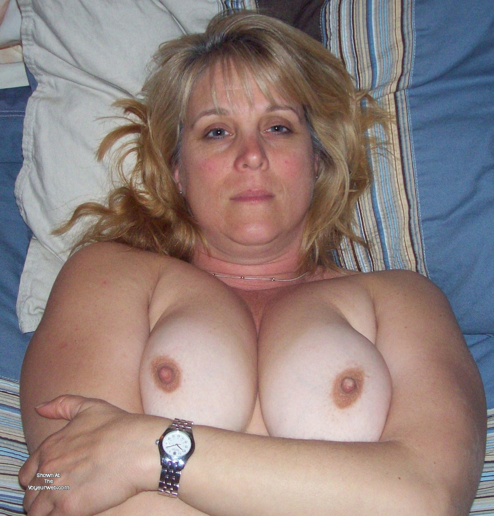Pic #1 Large tits of my wife - Debbie