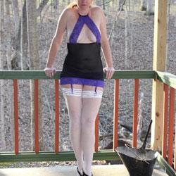 Cabin Fun 1 - High Heels Amateurs, Lingerie, Mature, Outdoors, Stockings Pics