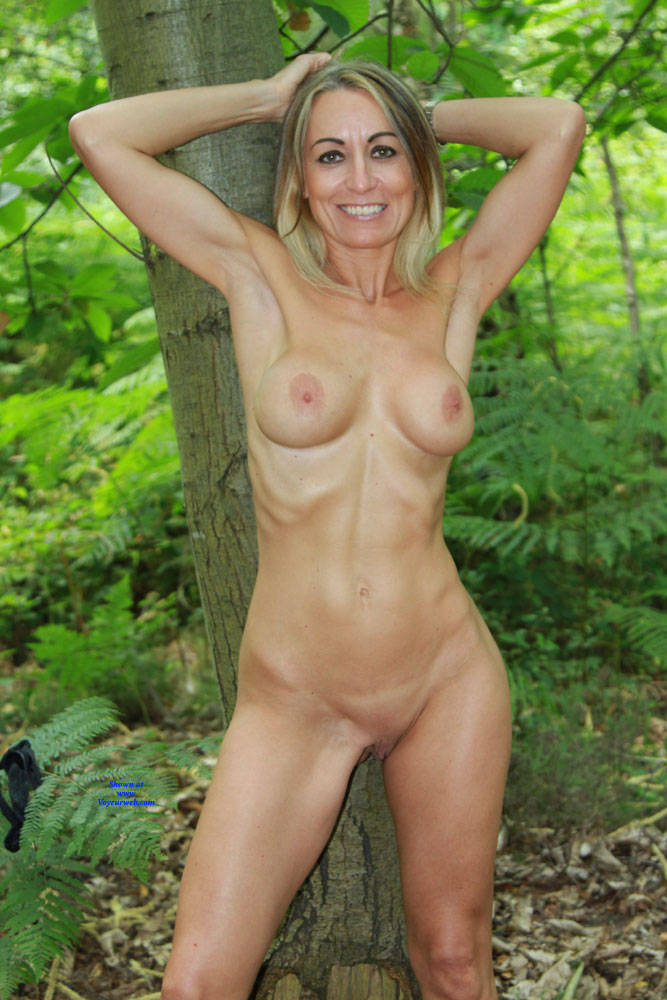 Pic #1More Outdoor Fun - Nude Amateurs, Big Tits, Outdoors, Shaved, Nature, Mature