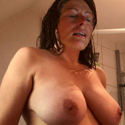 Good Morning - Nude Amateurs, Big Tits, Bush Or Hairy