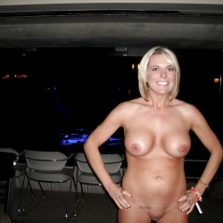 Large tits of a neighbor - Lindee