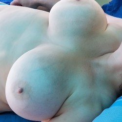 Very large tits of my wife - Lovestobenaked