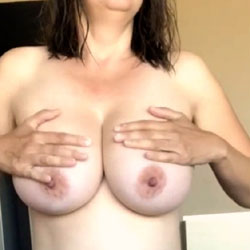 Tits And Bush - Nude Girls, Big Tits, Bush Or Hairy, Amateur