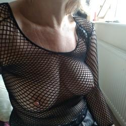 Medium tits of my wife - Ukjane