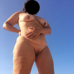 No Clothes Beach - Nude Amateurs, Beach, Big Tits, Mature, Outdoors, Shaved