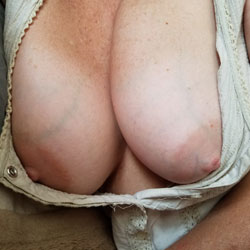 Out And About With My Boobs On Display - Big Tits, Amateur