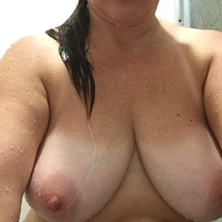 Various Naughty Pics Of Her - Big Tits, Mature, Amateur