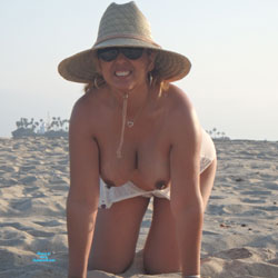 Hangers At The Beach - Big Tits, Mature, Outdoors, See Through, Amateur, Body Piercings, Beach