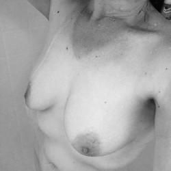 Medium tits of my wife - Bethany