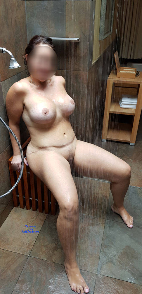 Pic #1Plug And Play! - Nude Girls, Big Tits, Cumshot, Toys, Shaved, Amateur