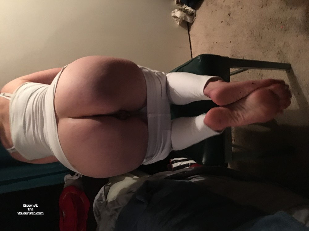 Pic #1 My wife's ass - Cary!!!