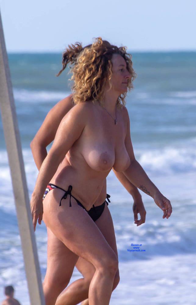 Pic #1The Big Boobs Manic Is Back - Topless Girls, Beach, Big Tits, Outdoors, Beach Voyeur