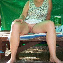 Upskirt Pics - Pantieless Girls, Shaved, Amateur