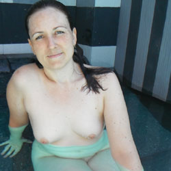 Conservative Wife Convinced To Skinny Dip - Nude Wives, Brunette, Amateur