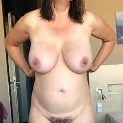 My very large tits - Saby_G