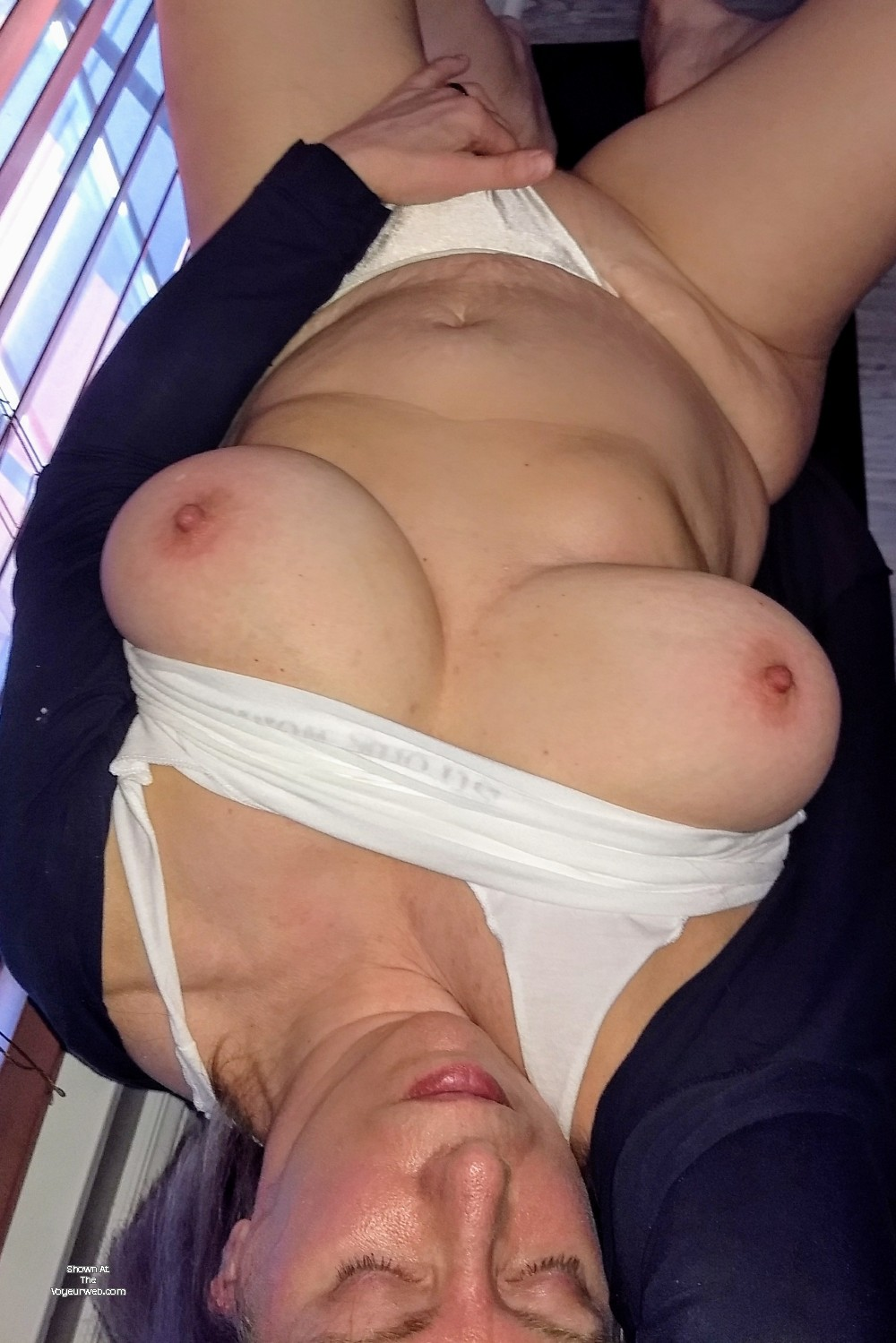 Pic #1 My very large tits - 34..e