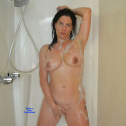 Sexy Milf - Nude Girls, Big Tits, Brunette, Mature, Amateur