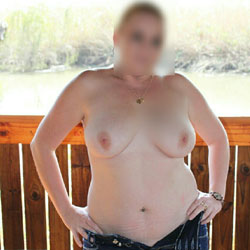 Naked In Nature - Nude Amateurs, Big Tits, Outdoors