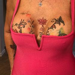 Showtime - Big Tits, Public Exhibitionist, Flashing, Mature, Public Place, Amateur, Tattoos
