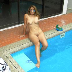 LuLu At The Pool