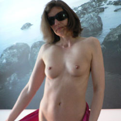 Bettina Nude - Nude Girls, Brunette, Bush Or Hairy, Amateur, Medium Tits