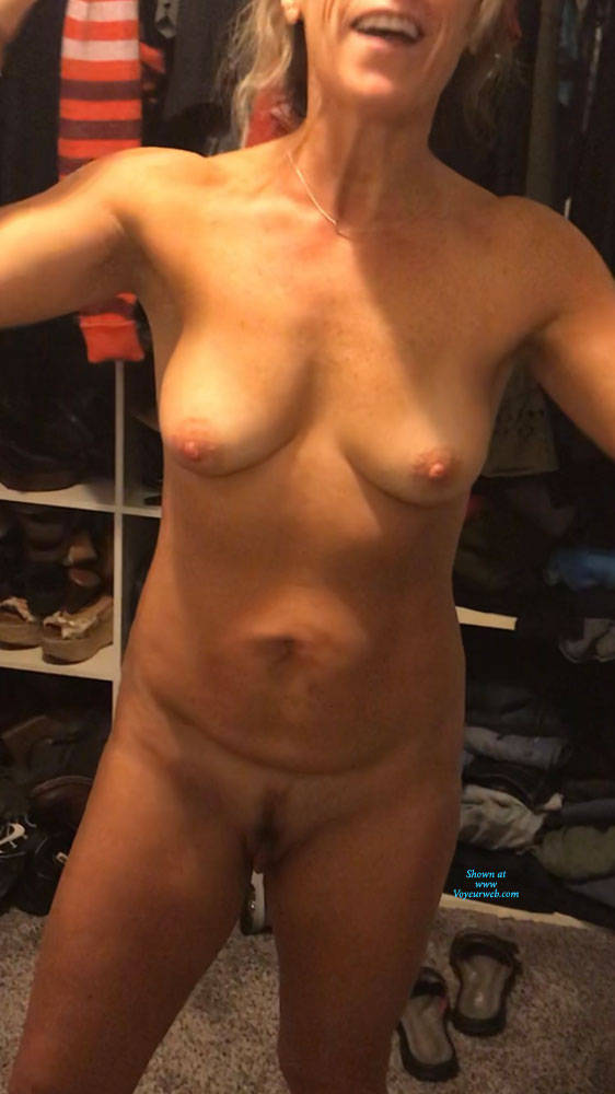 Wife caught nude hairy