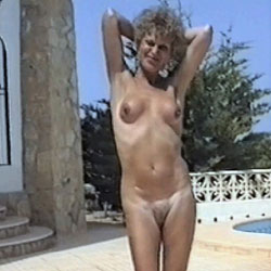 Pool Time 2 - Nude Girls, Mature, Outdoors, Bush Or Hairy, Amateur