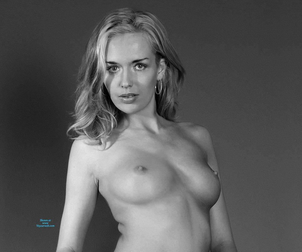 Pic #1BW Girl - Nude Girls, Big Tits, Amateur