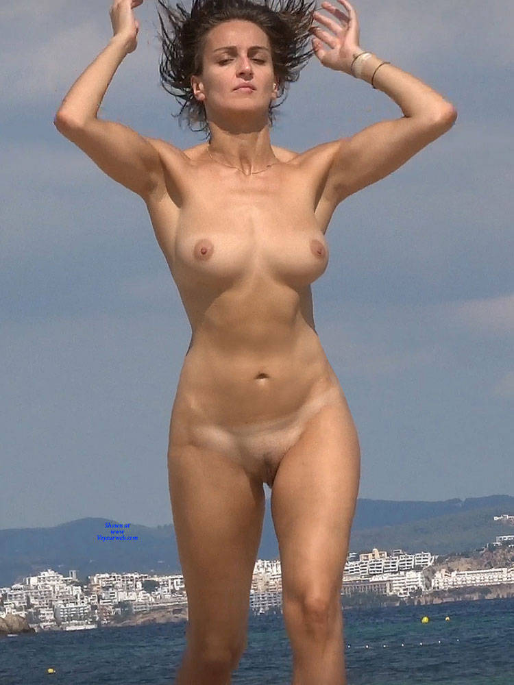 Pic #1Nice Shapes 2 - Nude Girls, Beach, Big Tits, Brunette, Outdoors, Beach Voyeur