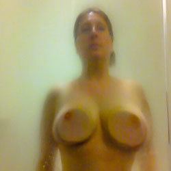 Shower Time - Nude Girls, Big Tits, Mature, Amateur, Wet Tits